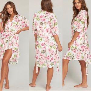 Show Me Your Mumu Pink Garden of Blooms Brie Robe